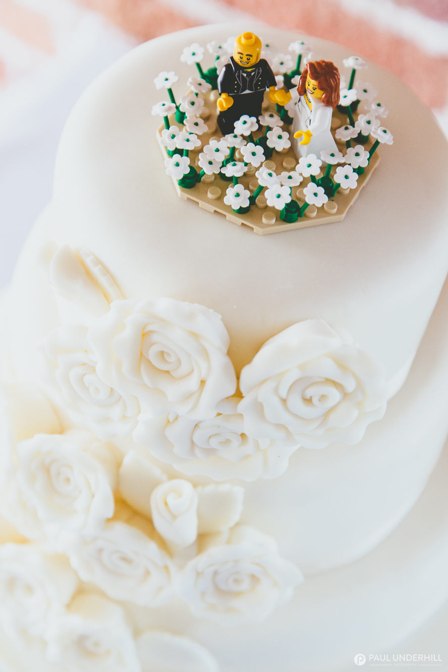 DIY wedding cake decorations