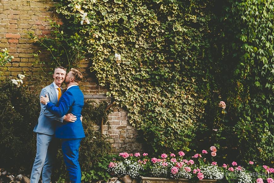 Wedding portraits grooms
